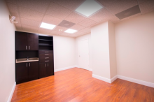CORAL SPRINGS PRIVATE SALON SUITES FOR RENT FOR MAKE UP ARTIST,COSMETOLOGIST, HAIRSTYLIST